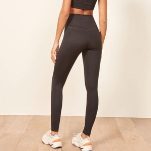The Girlfriend Collective Black Legging